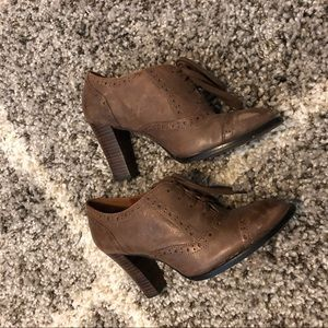 Halogen Hard Leather Brown Booties Size 7